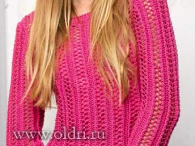 Сетчатый вязаный пуловер спицами