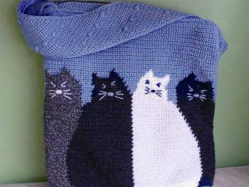 Вязаная сумка с котами - схемы вязания крючком